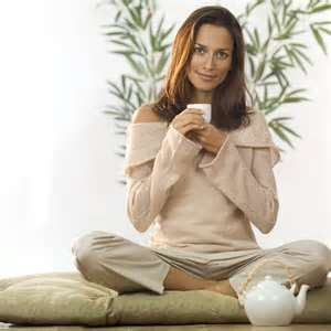 Что делать, когда потливость усиливается перед менструацией