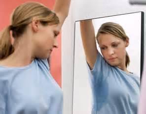 Как лечить повышенную потливость у подростков?