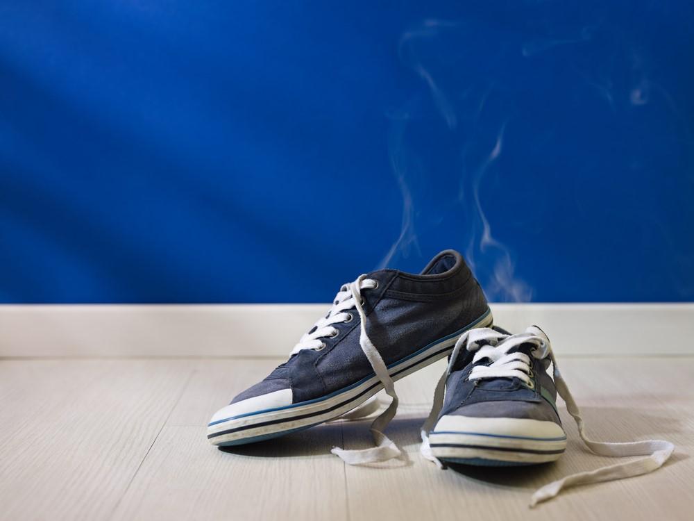 Запах из закрытой обуви