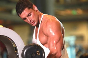 Повышенная потливость при физической нагрузке: почему сильно потеешь на тренировке?